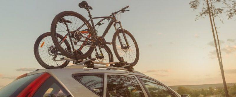 Thule przewiezie Twoje rowery, gdziekolwiek się wybierasz. Pomożemy Ci wybrać idealny model dla Twojego roweru — montowany na dachu, haku holowniczym lub tylnej klapie.